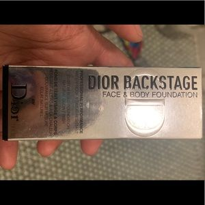 Dior backstage face and body foundation in 4w